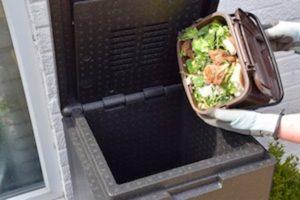 Kompostieren Sie alle Lebensmittel- und Gartenabfälle